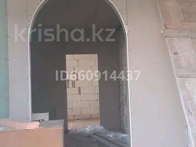 3-комнатный дом, 120 м², 12 сот., Микрорайон 19 77 за 20 млн 〒 в Нур-Султане (Астана) — фото 7