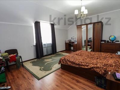 6-комнатный дом, 260 м², 12 сот., Шаляпина за 88 млн 〒 в Алматы, Наурызбайский р-н — фото 10