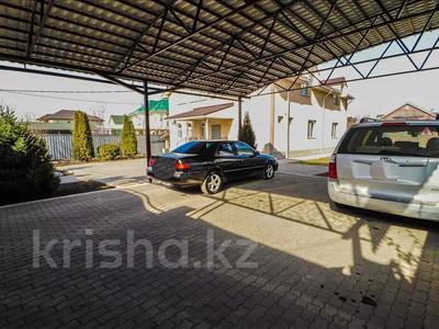 6-комнатный дом, 260 м², 12 сот., Шаляпина за 88 млн 〒 в Алматы, Наурызбайский р-н — фото 11