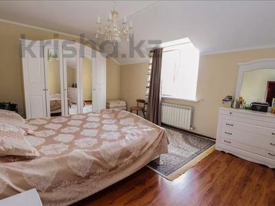 6-комнатный дом, 260 м², 12 сот., Шаляпина за 88 млн 〒 в Алматы, Наурызбайский р-н — фото 8