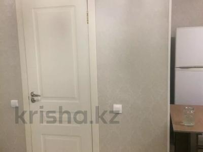 1-комнатная квартира, 47 м², 7/12 этаж, Акмешит 7 за 19 млн 〒 в Нур-Султане (Астана), Есиль р-н