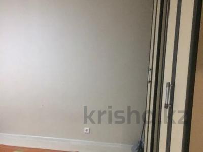 1-комнатная квартира, 47 м², 7/12 этаж, Акмешит 7 за 19 млн 〒 в Нур-Султане (Астана), Есиль р-н — фото 10