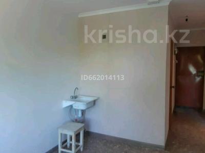 1-комнатная квартира, 37 м², 2/5 этаж, Ломоносова 15 а за 2.6 млн 〒 в Экибастузе — фото 2