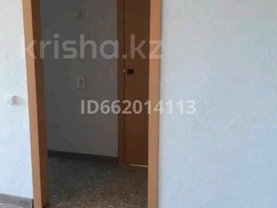 1-комнатная квартира, 37 м², 2/5 этаж, Ломоносова 15 а за 2.6 млн 〒 в Экибастузе — фото 4
