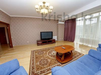 2-комнатная квартира, 60 м², 7/20 этаж посуточно, Достык 14 за 10 000 〒 в Нур-Султане (Астане), Есильский р-н