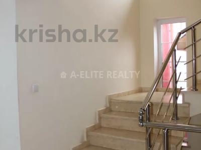Здание, площадью 530 м², проспект Достык — проспект Аль-Фараби за 220 млн 〒 в Алматы, Медеуский р-н
