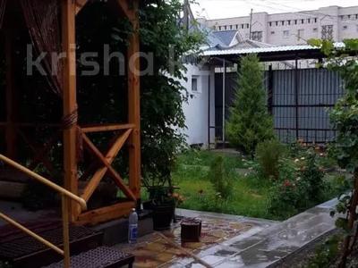 8-комнатный дом, 218.6 м², 6 сот., Жургенова 87 за 36.5 млн 〒 в  — фото 8