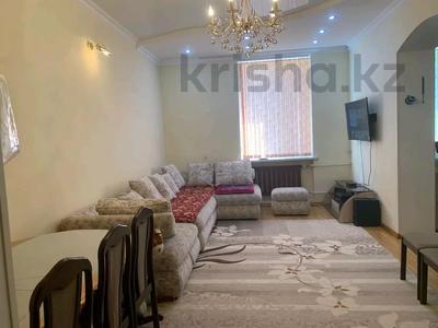 2-комнатная квартира, 75 м², 2/3 этаж, проспект Тауке хана — Гоголя за 15 млн 〒 в Шымкенте