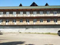Здание, площадью 2200 м²