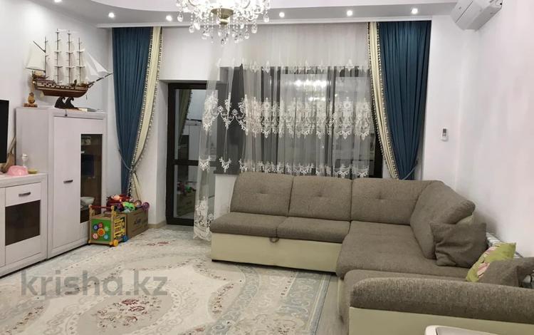 2-комнатная квартира, 80 м², 10/14 этаж, Айманова — Сатпаева за 41 млн 〒 в Алматы, Бостандыкский р-н