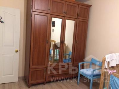 2-комнатная квартира, 72 м², 21/25 этаж, Богенбай батыра 30 — Сарыарка за 21.5 млн 〒 в Нур-Султане (Астана), Сарыарка р-н — фото 7