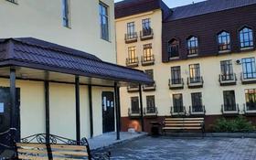 5-комнатная квартира, 216.5 м², 2/3 этаж, Дружбы Народов 2/1-1 за 51 млн 〒 в Усть-Каменогорске