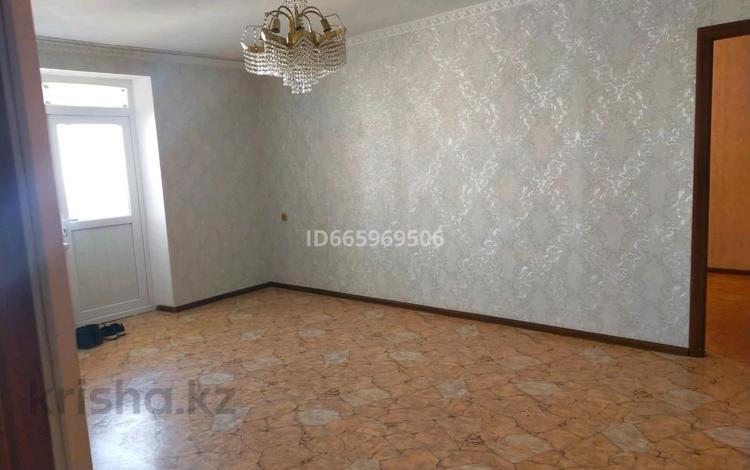 4-комнатная квартира, 107 м², 2/2 этаж, 3А мик 8 за 16 млн 〒 в Жанаозен