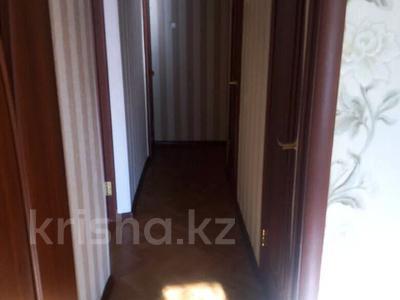 3-комнатная квартира, 65 м², 1/5 этаж, 7 мкр 25 — Волынова-генарала Арыстанбекова за 12.5 млн 〒 в Костанае — фото 10