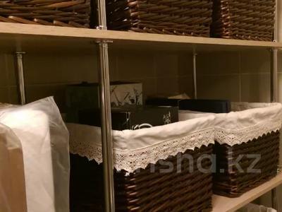 3-комнатная квартира, 86 м², 12/19 этаж, Сарайшык 7/1 за 45 млн 〒 в Нур-Султане (Астана), Есиль р-н — фото 10