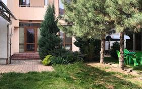 7-комнатный дом помесячно, 300 м², 3 сот., Тимирязева — Ботанический сад за 750 000 〒 в Алматы, Бостандыкский р-н