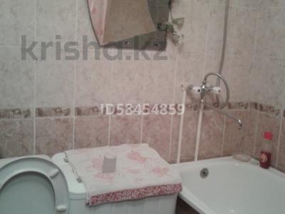 1-комнатная квартира, 36 м², 3/5 этаж помесячно, Гарышкерлер 54 за 75 000 〒 в Жезказгане — фото 4