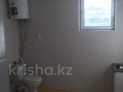 4-комнатный дом помесячно, 120 м², 11 сот., мкр Таусамалы 19 — Алатау за 110 000 〒 в Алматы, Наурызбайский р-н — фото 4