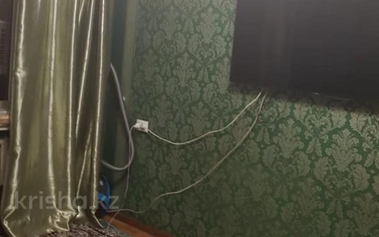 1-комнатная квартира, 32 м², 5/5 этаж, мкр Тастак-2, Мкр Тастак-2 — Тлендиева за 13.5 млн 〒 в Алматы, Алмалинский р-н