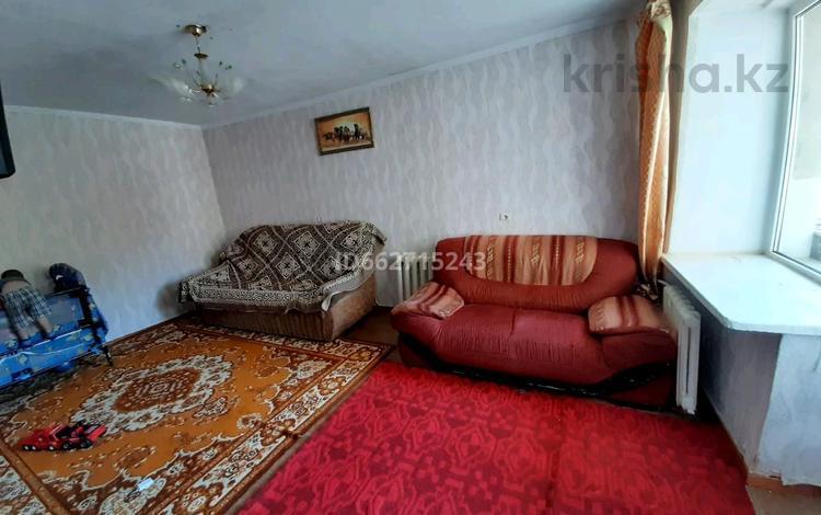 2-комнатная квартира, 50 м², 2/9 этаж, проспект Сатпаева 3 за 10.5 млн 〒 в Усть-Каменогорске