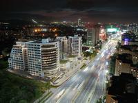 3-комнатная квартира, 111.7 м², мкр. Самал-3 15 за ~ 72.7 млн 〒 в Алматы, Медеуский р-н
