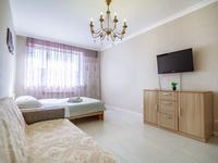 1-комнатная квартира, 45 м², 7/18 этаж посуточно, Сауран 10Б за 12 000 〒 в Нур-Султане (Астане), Есильский р-н