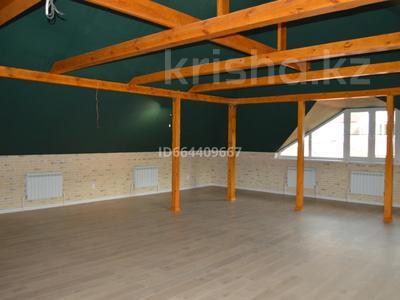 10-комнатный дом, 460 м², 7 сот., Дулати 10 — Новая за 220 млн 〒 в Алматы, Бостандыкский р-н