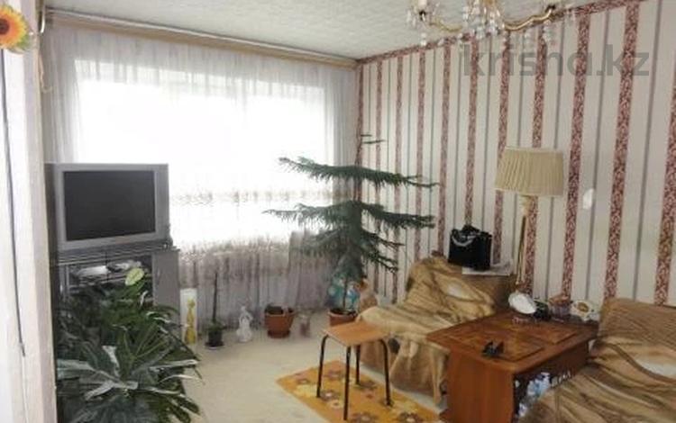 3-комнатная квартира, 56 м², 3/5 этаж, 12-й микрорайон за 16 млн 〒 в Шымкенте