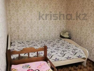 2-комнатная квартира, 48 м², 1/5 этаж, 342квартал 14 за 6.8 млн 〒 в Семее — фото 2