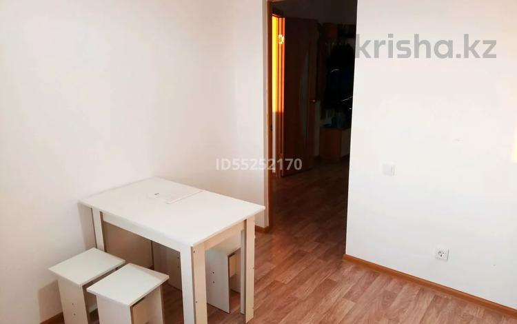1-комнатная квартира, 43 м², 9/9 этаж помесячно, Батыс-2 4 Д за 70 000 〒 в Актобе, мкр. Батыс-2