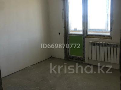 1-комнатная квартира, 42 м², 9/10 этаж, Чингиза Айтматова 31 за 14.5 млн 〒 в Нур-Султане (Астане), Есильский р-н