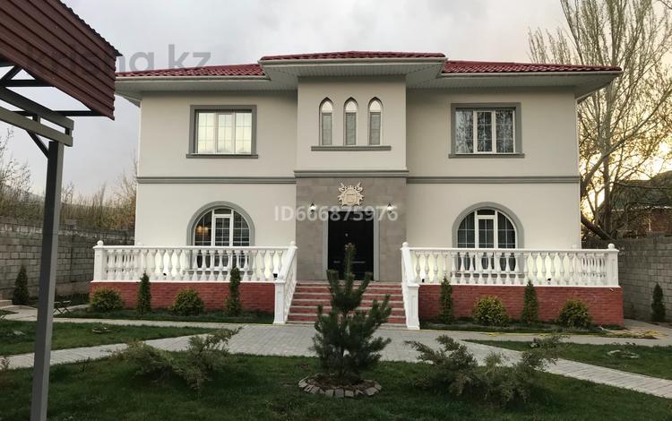 10-комнатный дом, 434 м², 8 сот., мкр Алатау за 255 млн 〒 в Алматы, Бостандыкский р-н