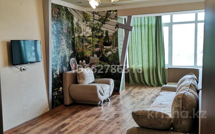 2-комнатная квартира, 59 м², 1/7 этаж помесячно, 4-й мкр 2 за 110 000 〒 в Актау, 4-й мкр