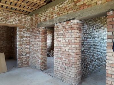 4-комнатный дом, 110 м², 6 сот., Жайық за 5 млн 〒 в
