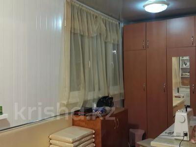 3-комнатная квартира, 70 м², 1/3 этаж, 18мкр 10 за 13 млн 〒 в Капчагае — фото 13