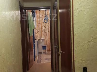 3-комнатная квартира, 70 м², 1/3 этаж, 18мкр 10 за 13 млн 〒 в Капчагае — фото 8