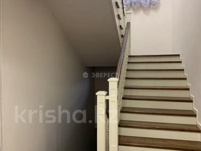 5-комнатный дом помесячно, 400 м², Шайкенова 14 — Джандосова за 700 000 〒 в Алматы, Ауэзовский р-н — фото 8