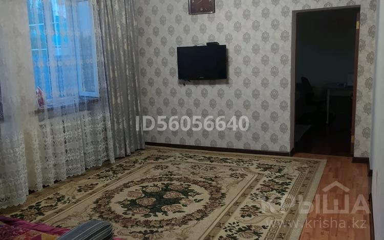 3-комнатный дом, 77 м², 8 сот., Мкр Шыгыс-2 за 17.5 млн 〒 в Туздыбастау (Калинино)