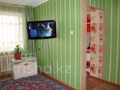 1-комнатная квартира, 35 м², 3/5 этаж посуточно, Тарбагатайская 46 — проспект Ауэзова за 5 000 〒 в Семее — фото 4