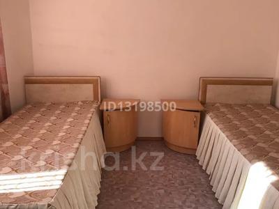4-комнатная квартира, 70 м², 3/5 этаж посуточно, Сатпаева 27 — Лермонтова за 12 000 〒 в Павлодаре — фото 3