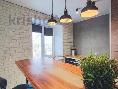 1-комнатная квартира, 56 м² посуточно, Жарокова 137блокВ3 за 15 000 〒 в Алматы, Бостандыкский р-н