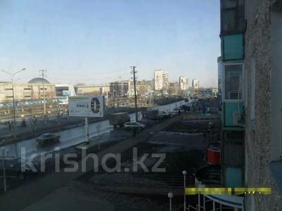 1-комнатная квартира, 33 м², 3/9 этаж, Металлургов 17/1 — Димитрова за 5 млн 〒 в Темиртау