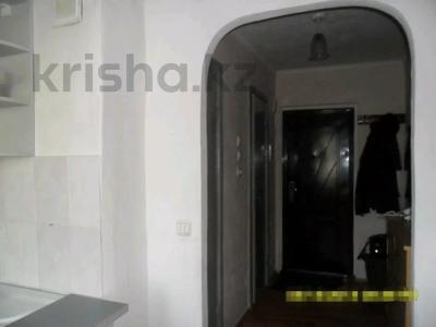 1-комнатная квартира, 33 м², 3/9 этаж, Металлургов 17/1 — Димитрова за 5 млн 〒 в Темиртау — фото 6