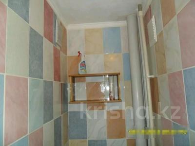 1-комнатная квартира, 33 м², 3/9 этаж, Металлургов 17/1 — Димитрова за 5 млн 〒 в Темиртау — фото 7