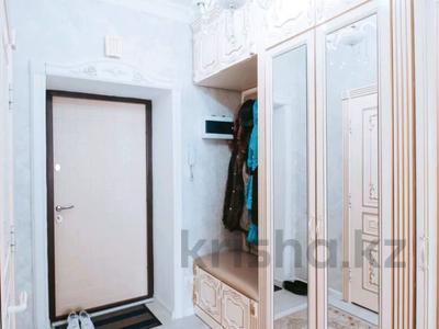 2-комнатная квартира, 72 м², 5/9 этаж, Алихана Бокейханова 30/2 за 28.5 млн 〒 в Нур-Султане (Астана), Есиль р-н — фото 8