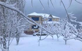 10-комнатный дом, 500 м², 15 сот., Акшукур 19 км Кезбаев 74 за 35 млн 〒
