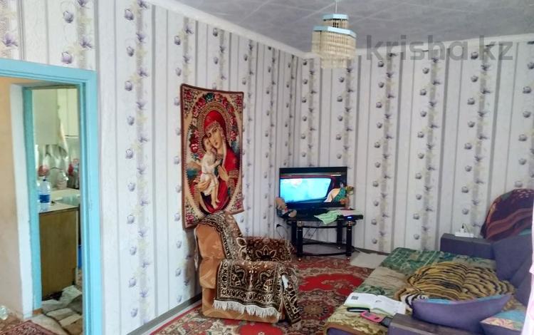 2-комнатная квартира, 53 м², 3/5 этаж, Жастар мкр за 13 млн 〒 в Талдыкоргане
