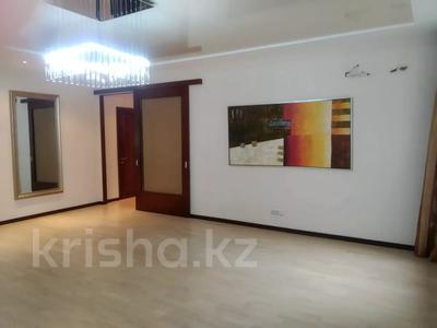 4-комнатная квартира, 190 м², 4/10 этаж, Сарайшык 38 за 69.5 млн 〒 в Нур-Султане (Астана), Есильский р-н — фото 5
