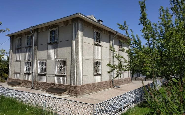 7-комнатный дом, 392 м², 14 сот., мкр Каменское плато, Курмет за 165 млн 〒 в Алматы, Медеуский р-н