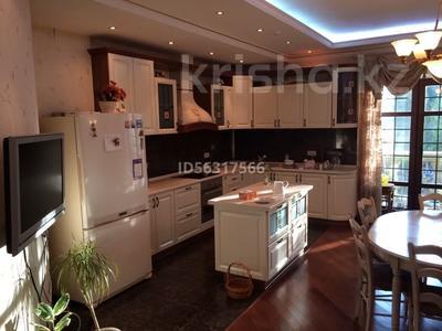 3-комнатная квартира, 210 м², 2/6 этаж помесячно, Карашаш ана 31 за 750 000 〒 в Нур-Султане (Астана), Есиль р-н